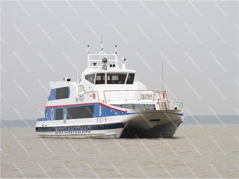 铝合金公务艇避免受伤的措施